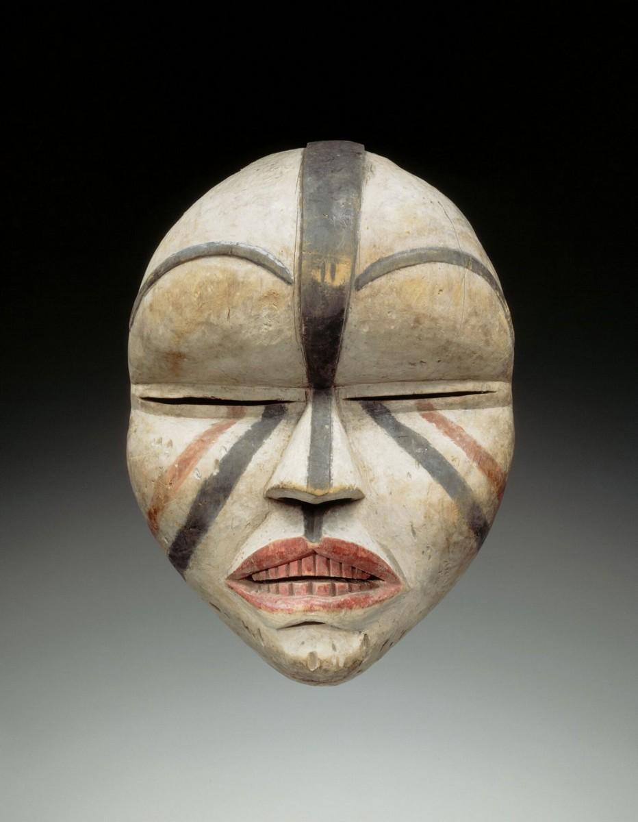 Woyo peoples, Banana, Lower Congo, DRC,  Ndunga mask, early 20th century, collection RMCA Tervuren, EO.0.0.34579. Photo R. Asselberghs, RMCA Tervuren ©