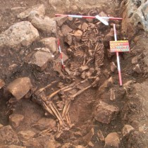 Excavation reveals ancient town and burial complex in Diros Bay