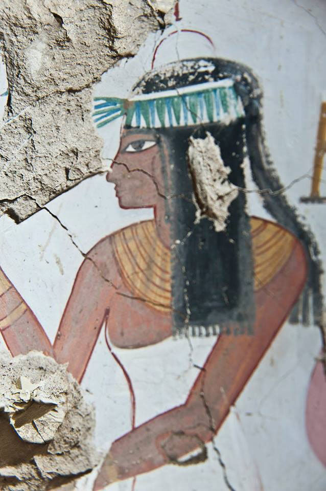 A detail from a wall painting in the tomb discovered in al-Qurna, with evident deliberate damage. Photo Credit: Egyptian Antiquities Ministry.