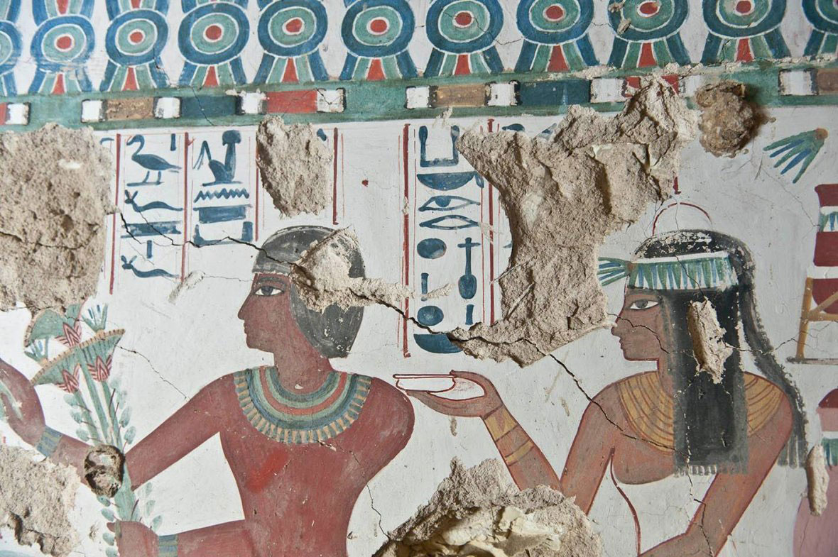 The couple that was buried in the tomb depicted on a wall painting. Photo Credit: Egypt Antiquities Ministry.