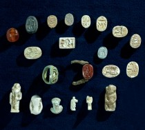 Egyptian artefacts from looted tomb found in Israel
