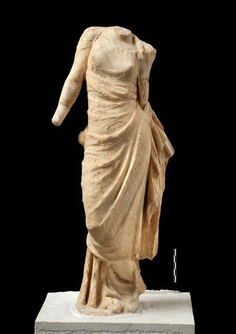 Marble figurine of Aphrodite from the Prytaneion of Ambracia. (Photo: Ephorate of Antiquities of Arta)