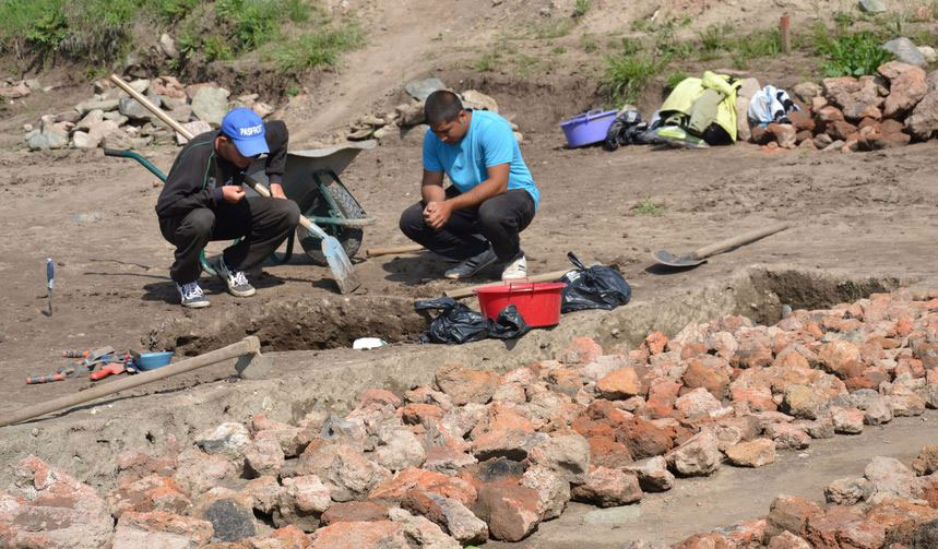 The excavation is significant since archaeologists keep discovering new evidence. Photo Credit: Radio Blagoevgrad.