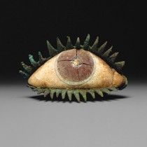 Inlaid eyes in Roman stone sculptures
