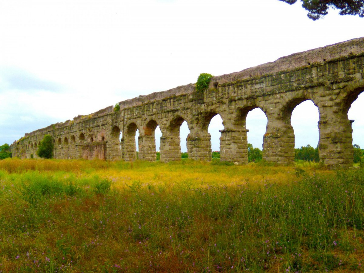 The aqueducts of Roma Vecchia delivered water from the Apennines into Imperial Rome. Credit: Courtesy of Bruce Fouke