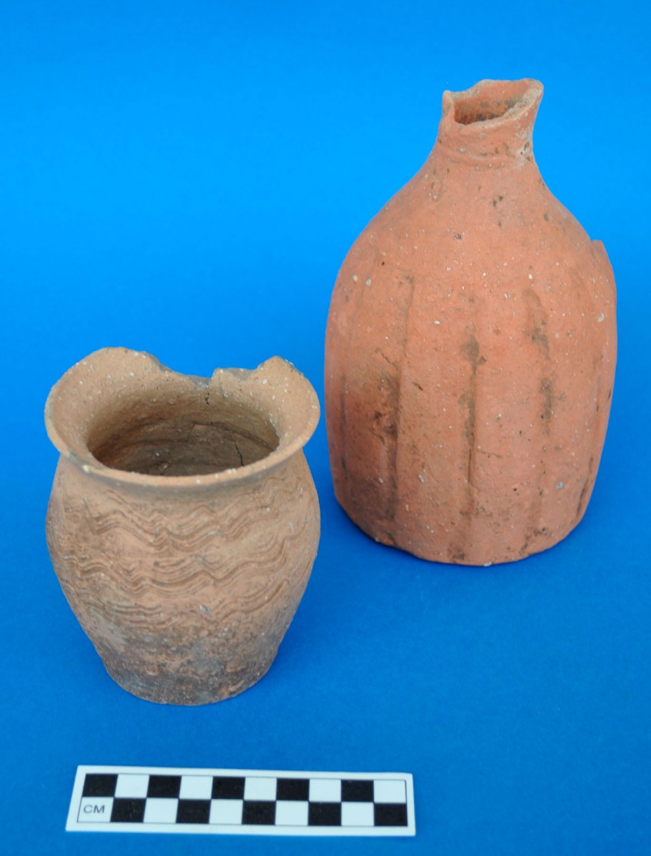 Fig. 8. Agios Nikolaos Velvendo, vessels-grave offerings from the area of the eroded Byzantine cemetery.
