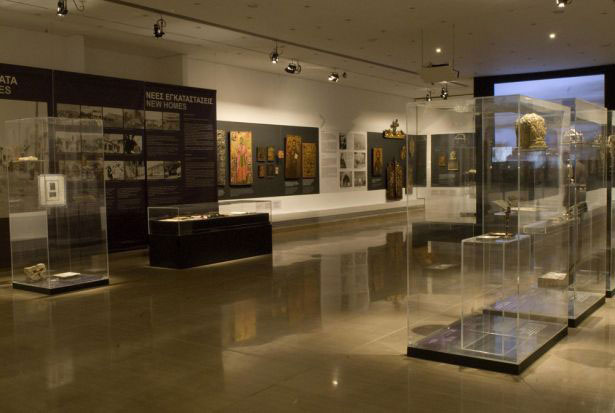 "Fig. 4. View of the exhibition ""People and Icons: Refugees' Heirlooms"" in the Byzantine and Christian Museum 2009. ©Byzantine and Christian Museum."