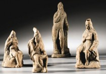 Sotheby's selling Amphipolis figures challenged