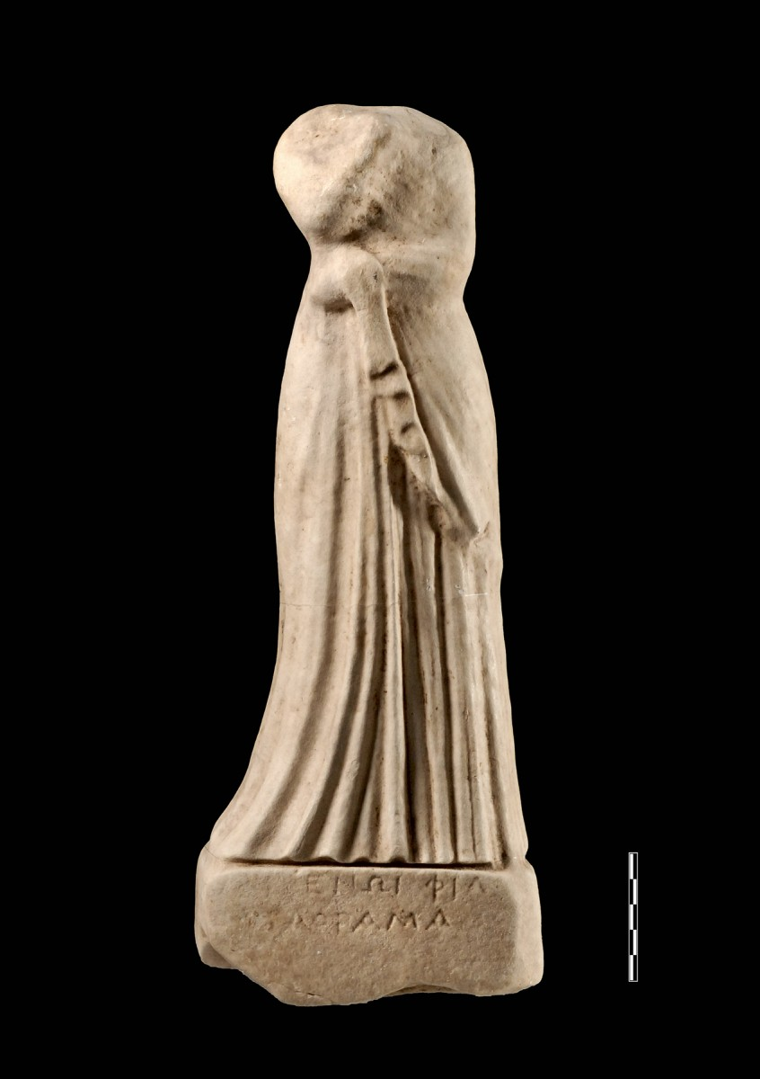 The female statuette is of white limestone and dates to the Hellenistic period. Credit: Archaeological Museum of Igoumenitsa.