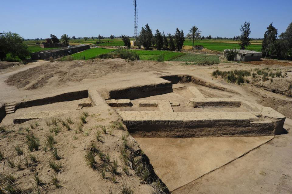 The rectangular building at Central Kom. Photo Credit: Ministry of Antiquities, Egypt.
