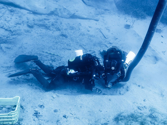 Underwater excavations at section 1 with closed circuit equipment. Photo Credit: G. Fardoulis.