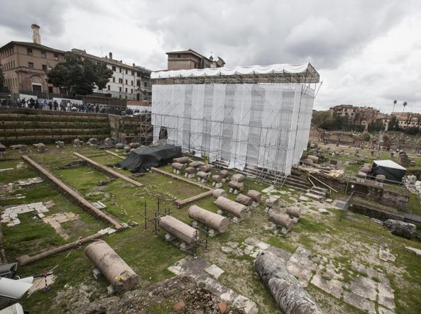 construction site for the restoration of the Temple of Peace. Credit: Corriere Della Sera.