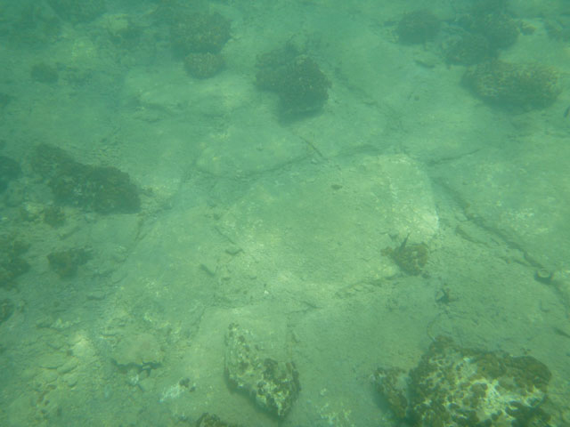 A paved part found in the Khilada Bay. © Hellenic Ministry of Culture, Education and Religious Affairs