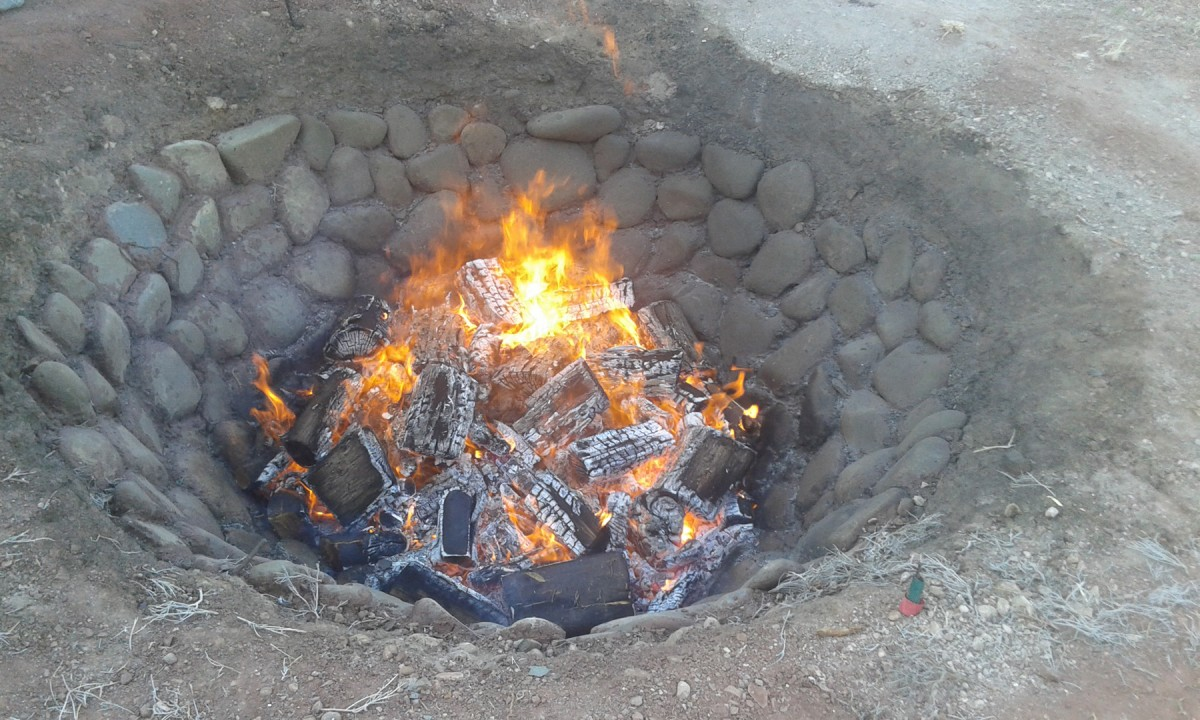 The excavation of these ancient cooking installations was accompanied by a simultaneous experimental archaeology project that resulted in a replica pit oven being built at the restaurant located adjacent to the site.