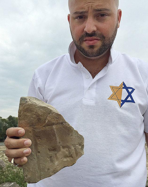 Jonny Daniels, the head of a Jewish foundation