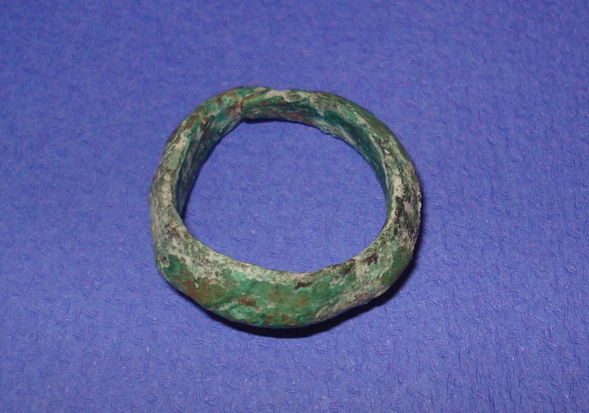 Ammotopos: Bronze ring. (Photo: Ephorate of Antiquities of Arta)