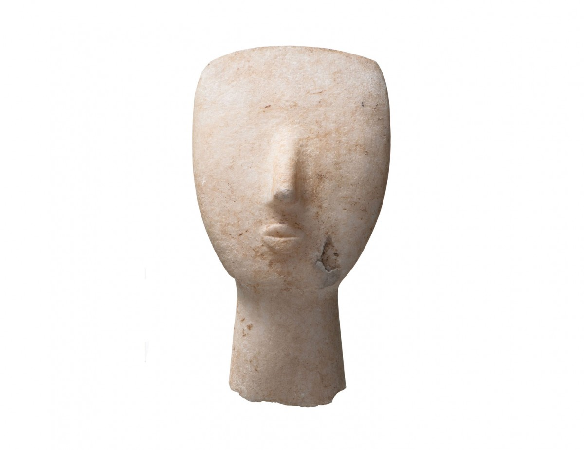 Head of Cycladic-type figurine from the cemetery of Phourni, Archanes.