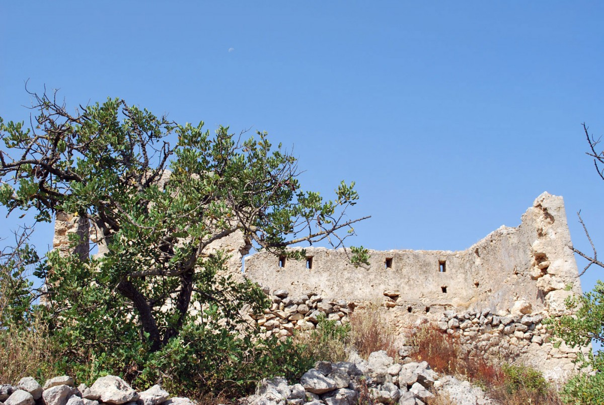 Fig. 13. The kule in Kalonychti, Rethymnon (photo: K. Giapitsoglou).