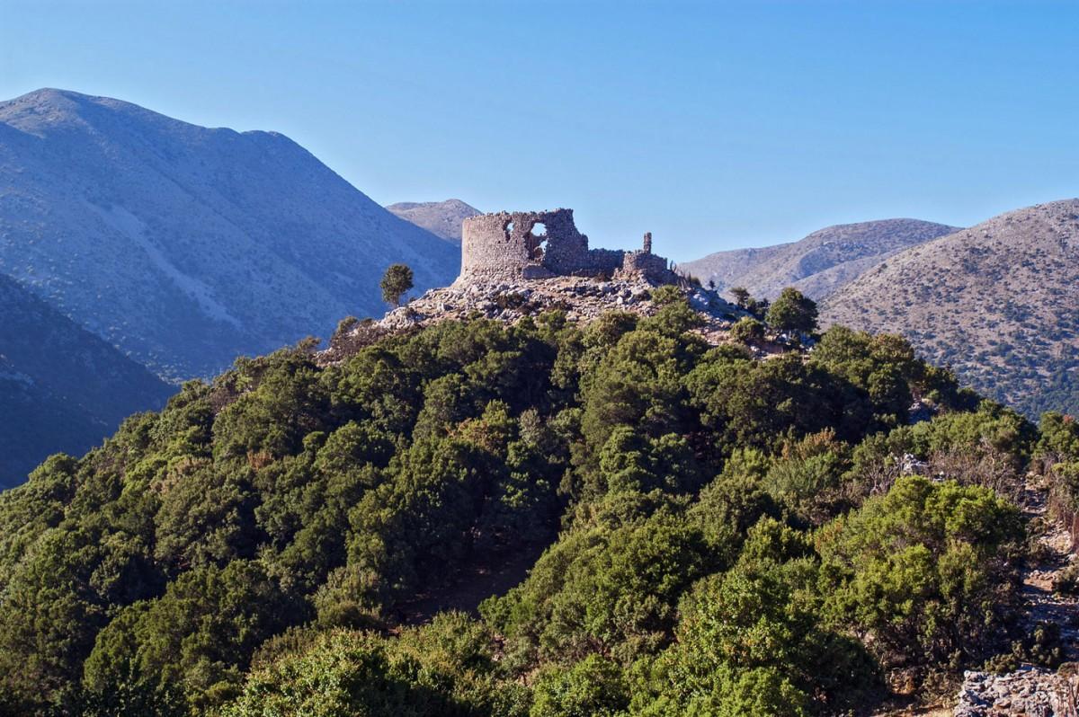 Fig. 6. Kule on the Askyfou plateau, Chania (photo: K. Giapitsoglou).