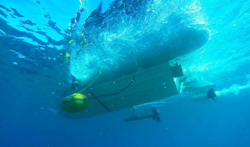 Geophysical instruments attached at the boat of the Ephorate of Underwater Antiquities (Photo: Ministry of Culture and Sports)