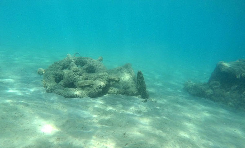 Shipwreck remains at the Methoni Bay (Photo: Ministry of Culture and Sports)
