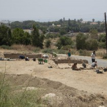 Chalcolithic artefacts at Chlorakas-Palloures