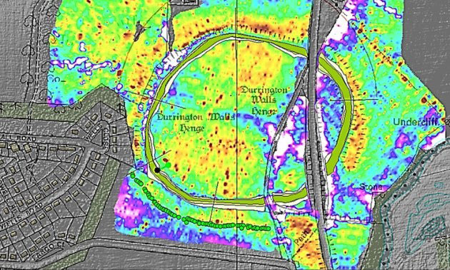 Image issued by the British Science Association showing the position of the  Durrington Walls monoliths (green circles) near Stonehenge  [Credit: Ludwig Boltzmann Institute].