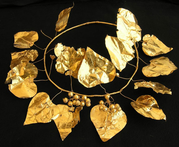 A gold wreath in the shape of an ivy plant was found in one of the burial chambers. Photo Credit: Live Science/Kadir Kaba.