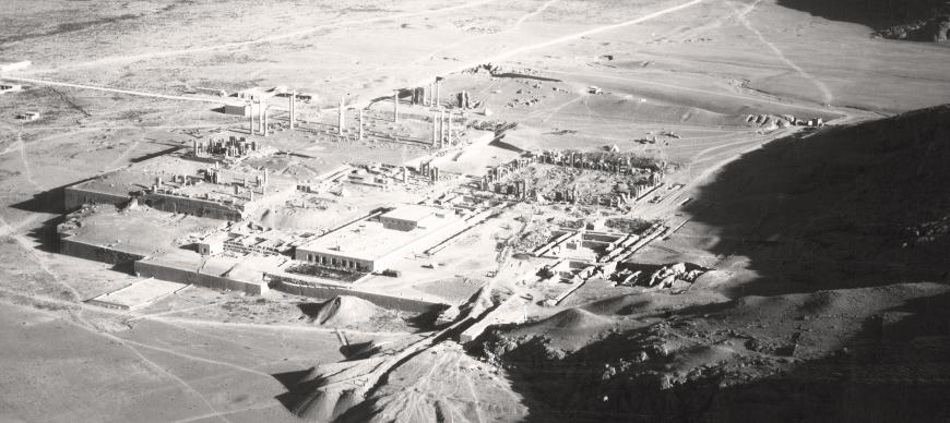Persepolis from the air taken during the aerial survey expedition of Iran, directed by E. F. Schmidt, 1935–1937 (AE-477).