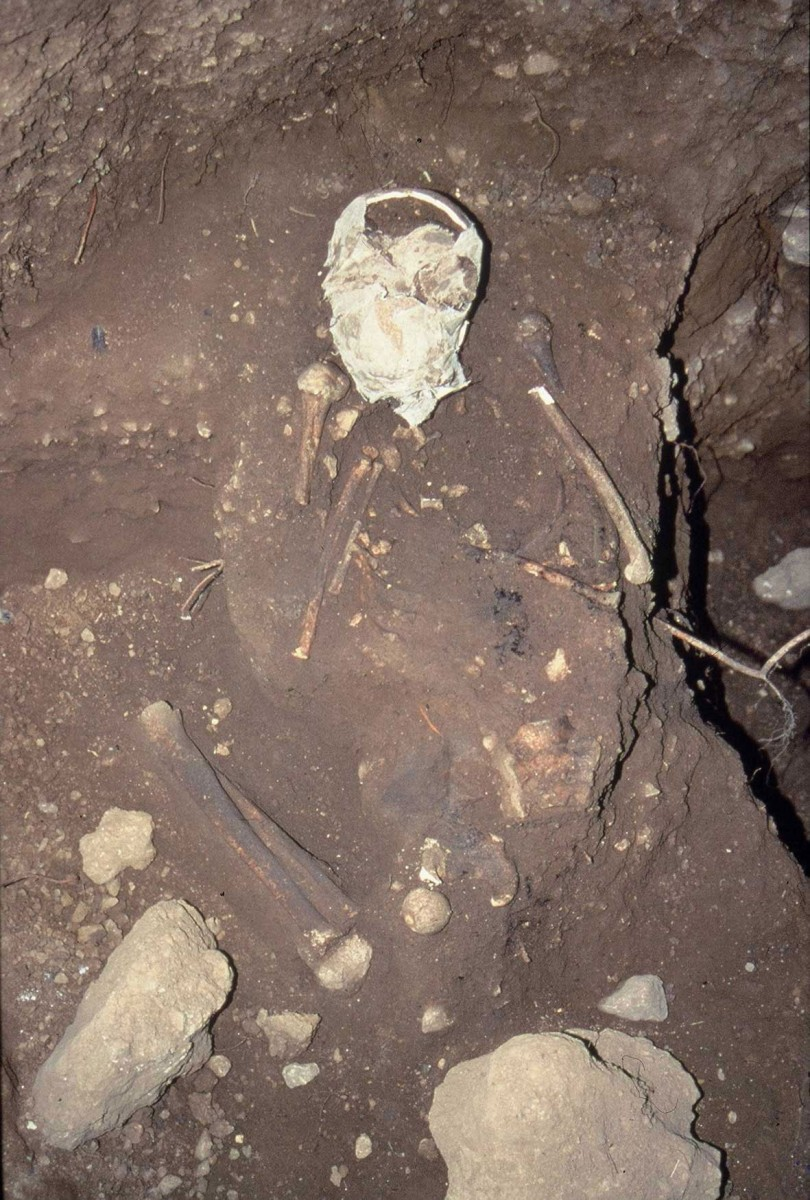 Fig. 37. Mesolothic burial in folded position dating from 7280-6830 BC.