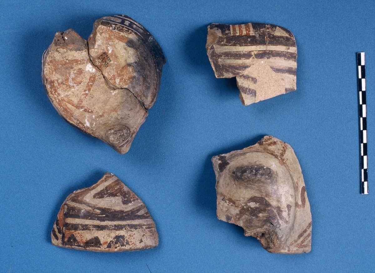 Fig. 23. Sherds with polychrome decoration of the Arapi type from the Late Neolithic.