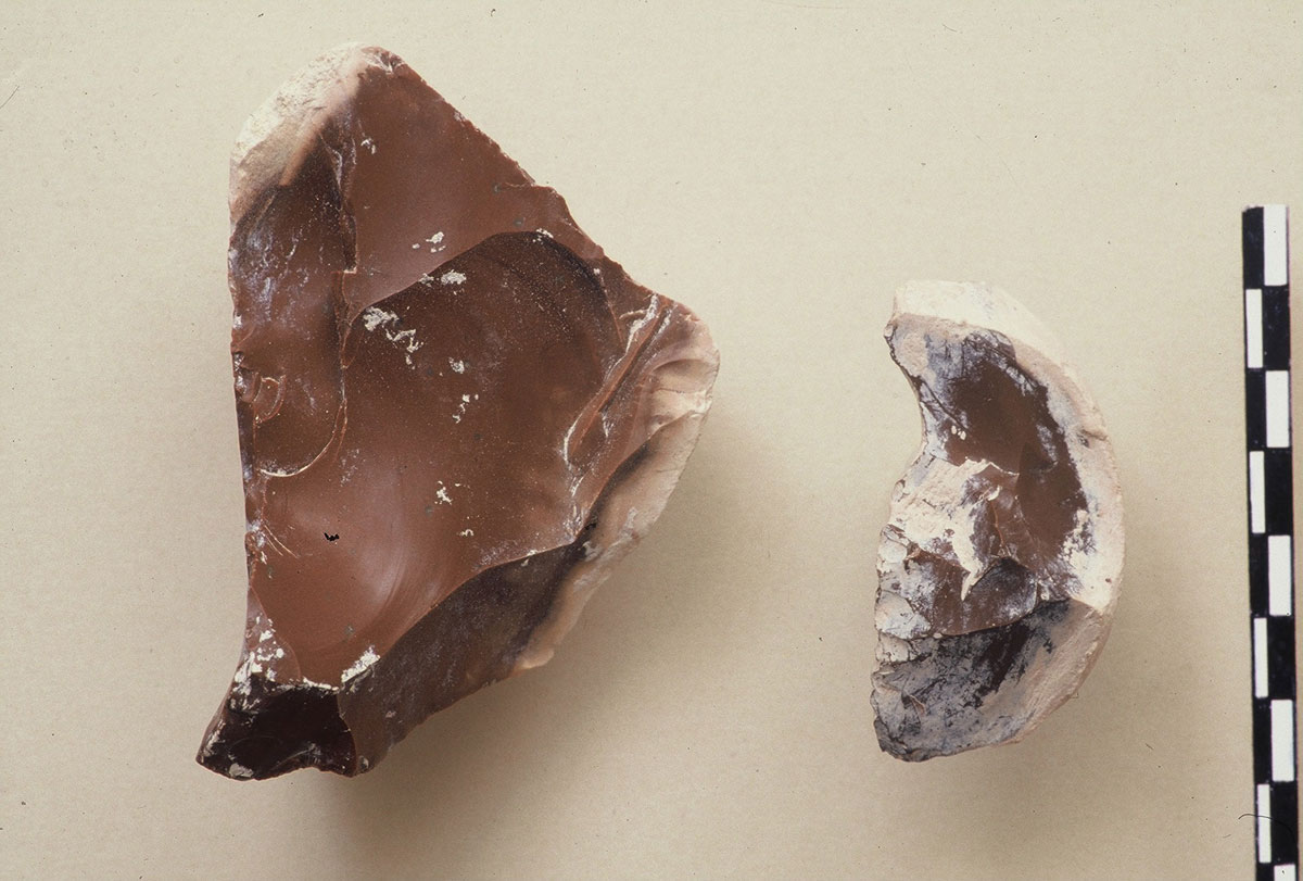 Fig. 4. Samples of flint from the cave's foundations.