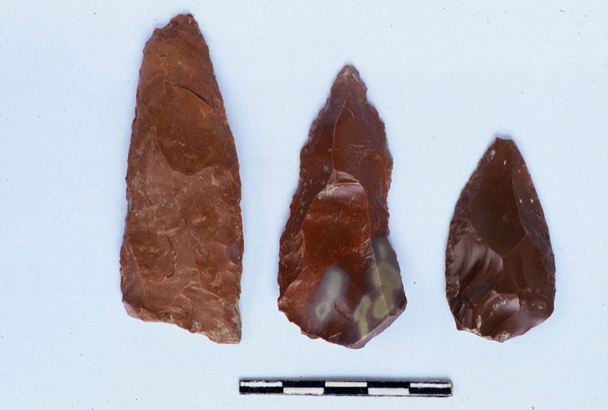 Fig. 8. Two points and a scraper from the Middle Palaeolithic.