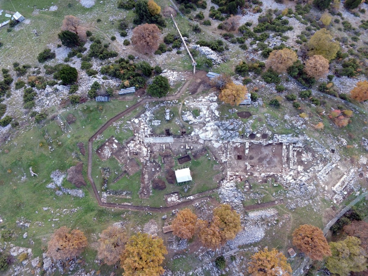 Aerial photograph of the site of the excavation. Photo Credit: AUTH.