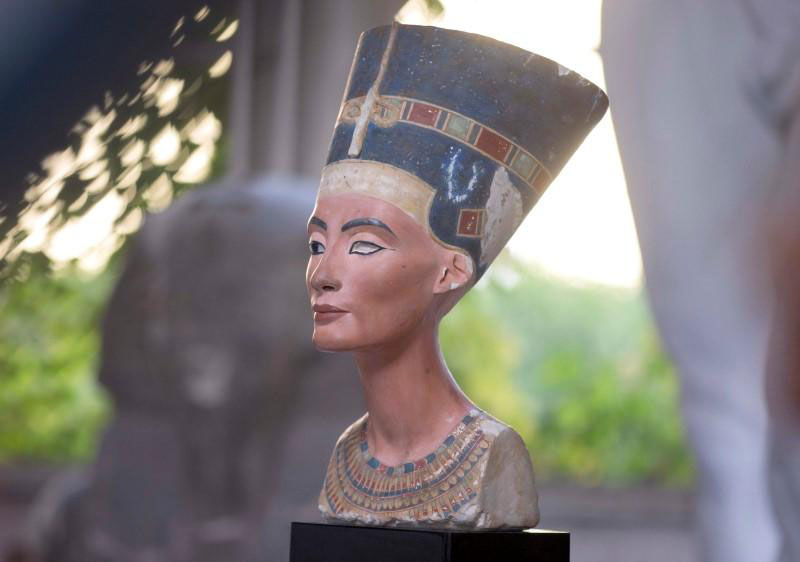 A replica of the bust of Nefertiti stands in the Replica Workshop of the National Museum of Berlin in Berlin, October 2, 2015. Photo Credit: REUTERS/Axel Schmidt