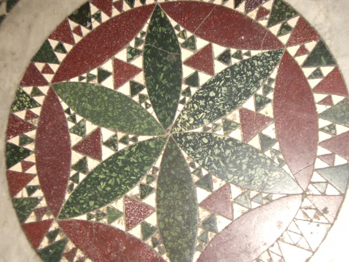 Krokean stone in mosaics of churches in Rome