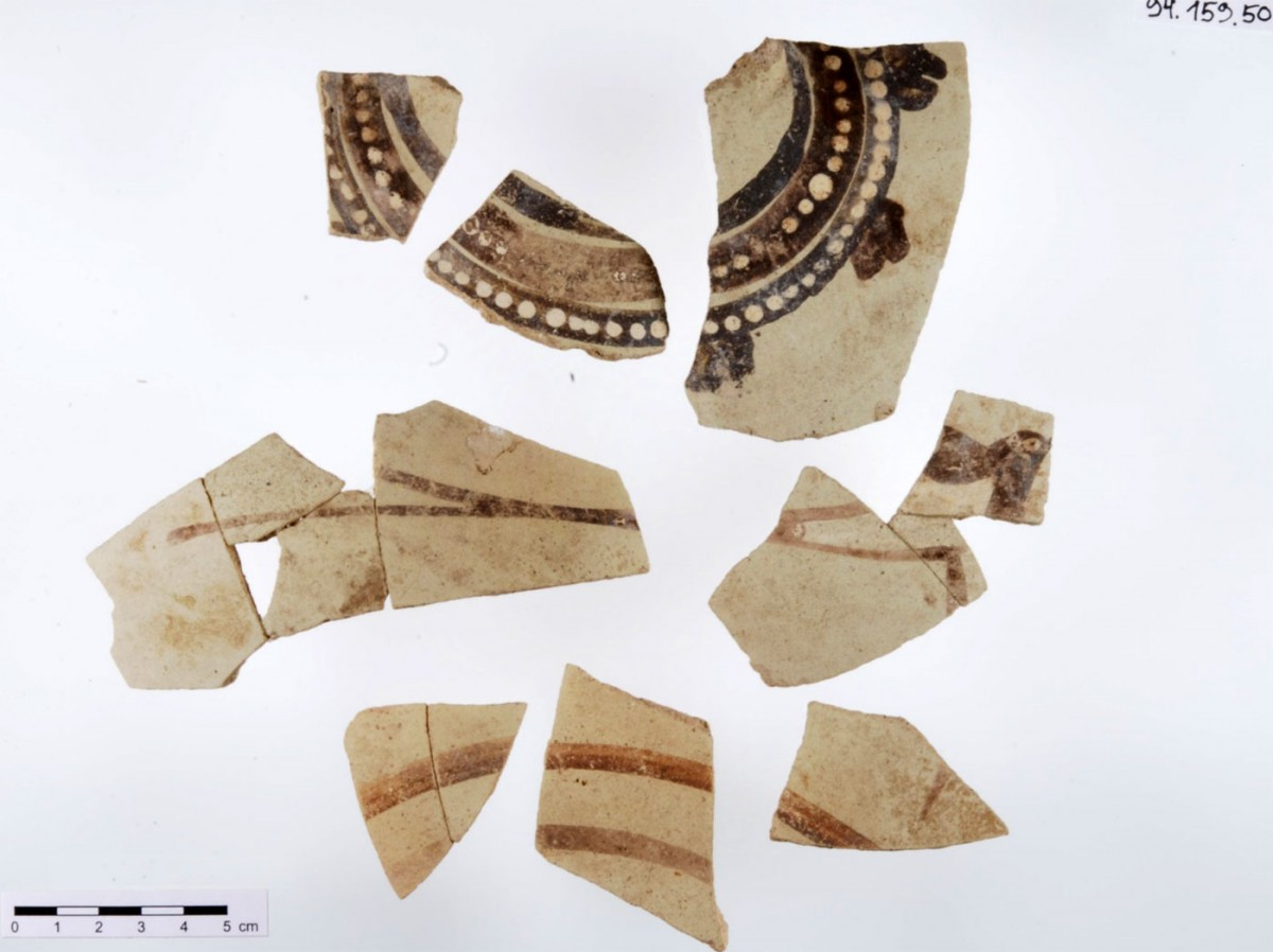 Miletus IV. Fragments of a Theran Late Cycladic I jug.