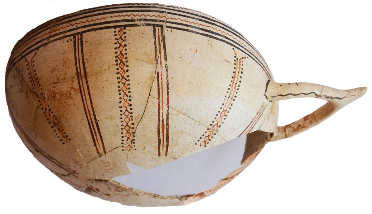 White Slip I bichrome pottery, Dromolaxia-Vizakia (Hala Sultan Tekke) 2015.