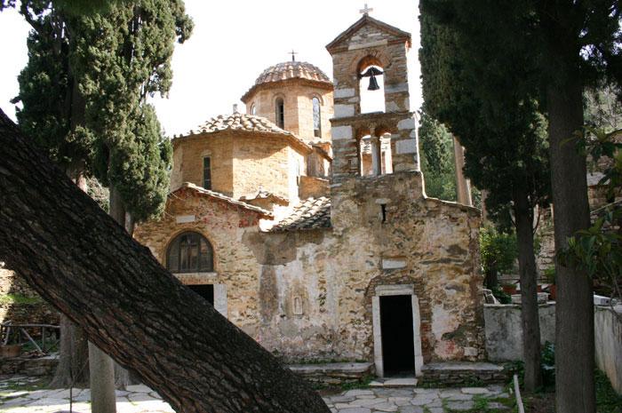 The Monastery of Kaisariani. Photo Credit: Alexbogd -/ Wikimedia Commons.