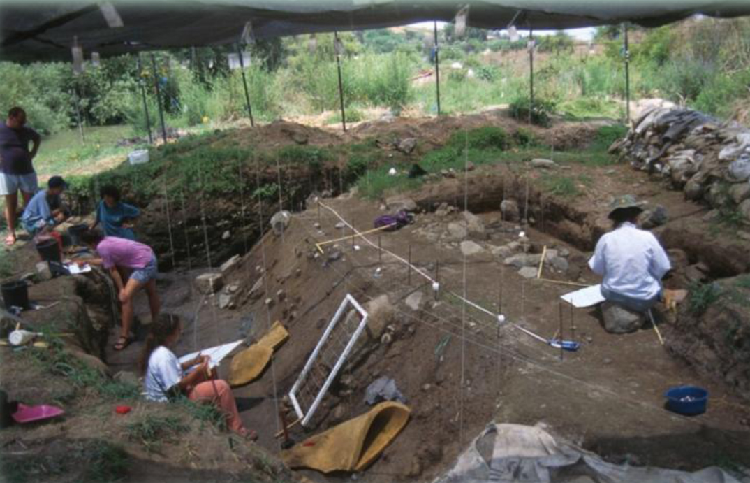 Excavations at the Gesher Benot Ya'aqov site.