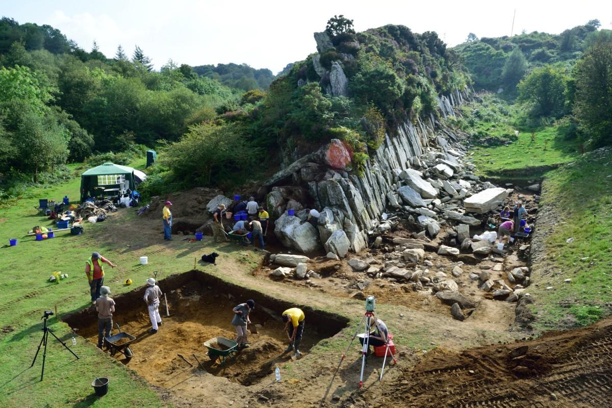 Excavations at Craig Rhos-y-felin. (Courtesy Adam Stanford, © Aerial-Cam Ltd)