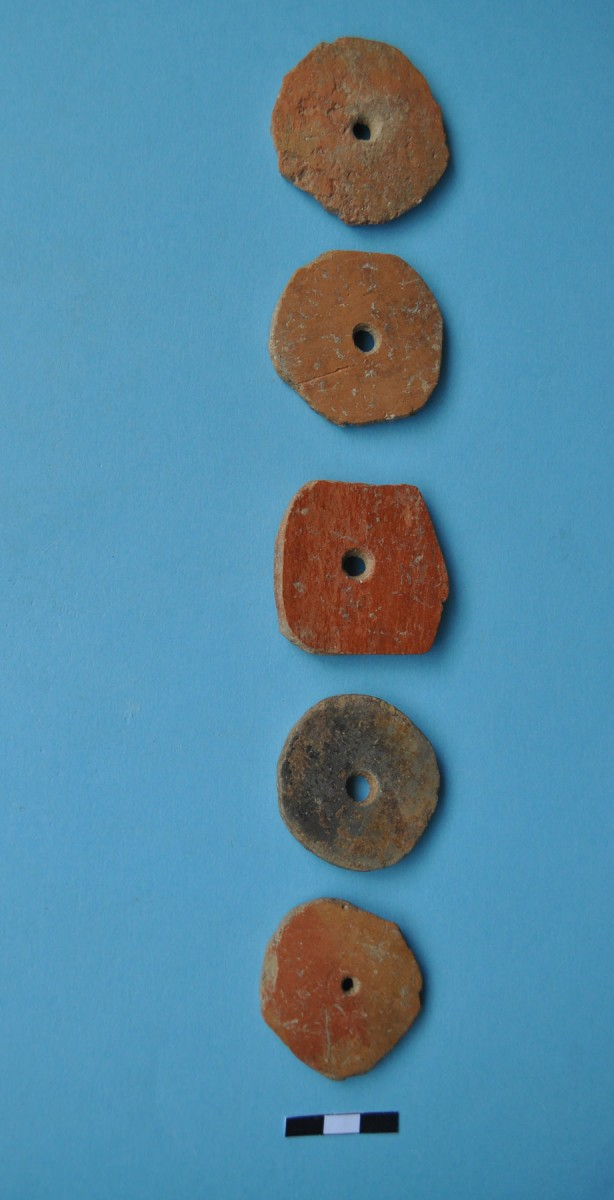Fig. 6. Rounded shells with hole in the middle – spindle whorls.
