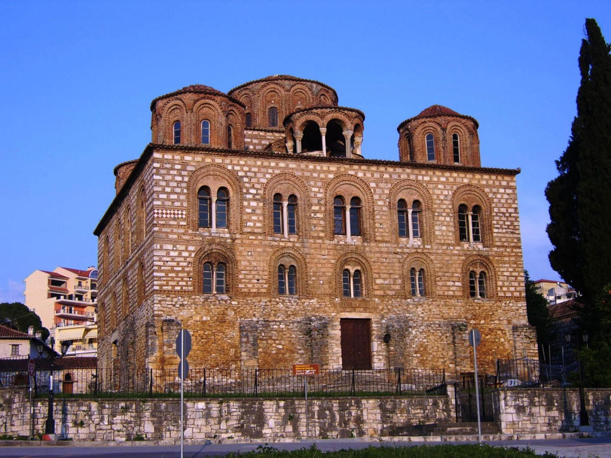 The church of Panagia Parigoritissa (Ephorate of Antiquities of Arta).