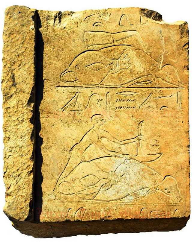 Wall engravings depict the deceased in various scenes. Photo Credit: Ahram Online/Ministry of Antiquities.