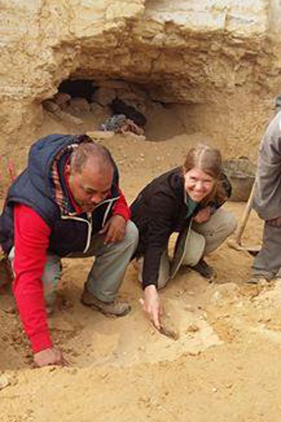 MOhamed Youssef and Sarah Parcak at work. Photo Credit: Ahram Online.