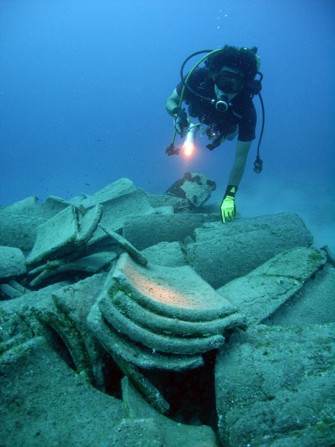 Researchers believe the wreck was a Minoan ship used for trade that sunk during a trip to Hisarönü Gulf from Cyrete through the Rhodes Island and Bozburun. Photo Credit: Daily Shabah.