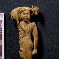 Egyptian Embassy in Germany receives an ivory statuette