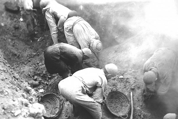 Excavations at Oxyrhynchus. Photo Credit: The Egypt Exploration Society/The Art Newspaper.