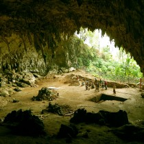 Indonesian 'Hobbits' may have died out sooner than thought