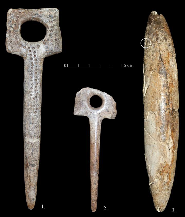 Ivory tools from Sungir stand burials: 1,2 -